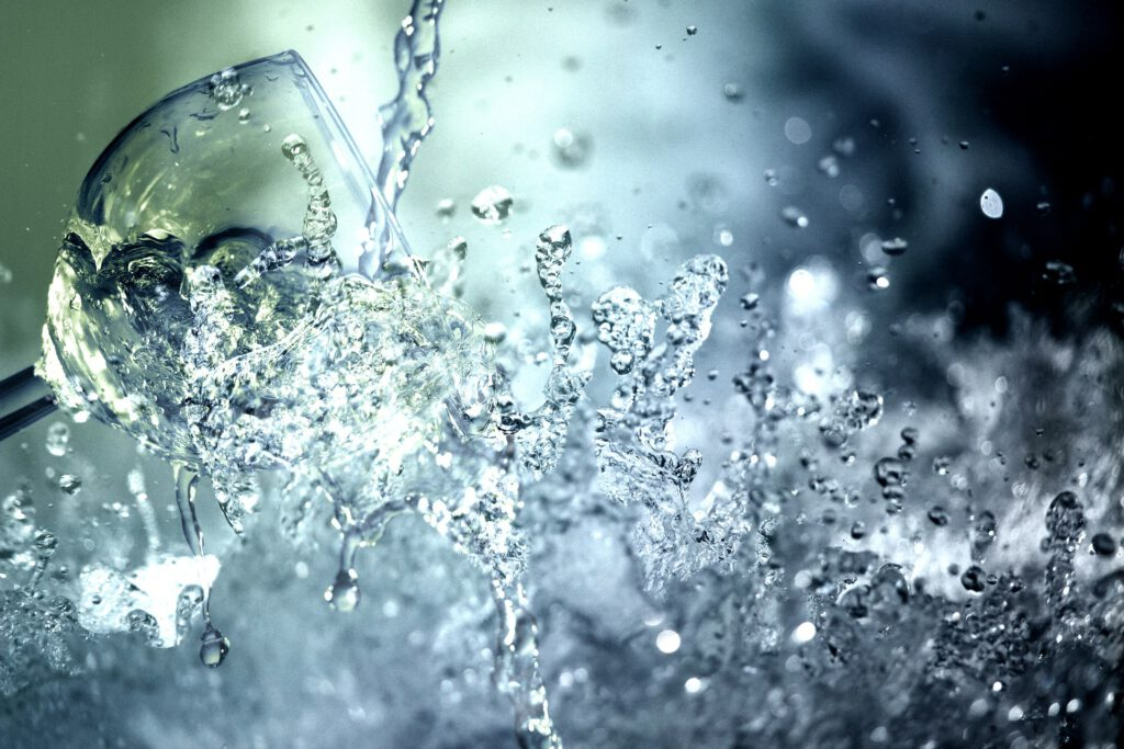 Entra i deixa't meravellar pel poder de l'aigua hidrogenada de HYDRON, un generador d'hidrogen amb unes capacitats úniques.