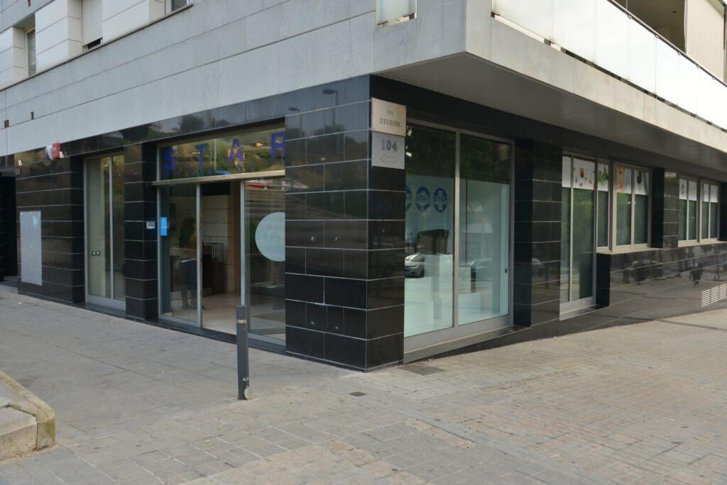 Entrada a l'oficina de Starholding a Mataró